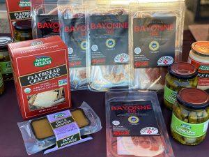 jambon de bayonne crackers duck mousse cornichons
